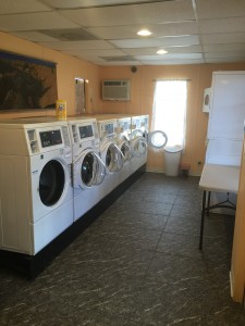 6 Speed Queen Front Loading Washing Machines